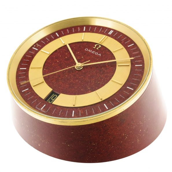 """Omega """"Truncated line"""" Desk Clock, Ref. 5580"""