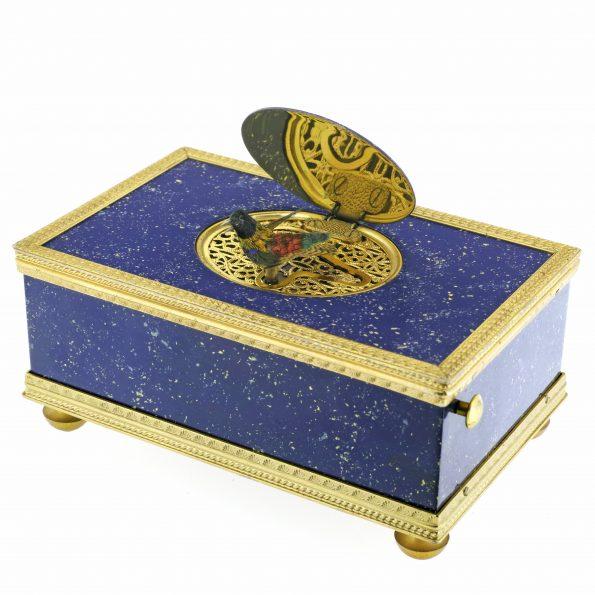 "REUGE ""Lapis Lazuli"" signing bird box"