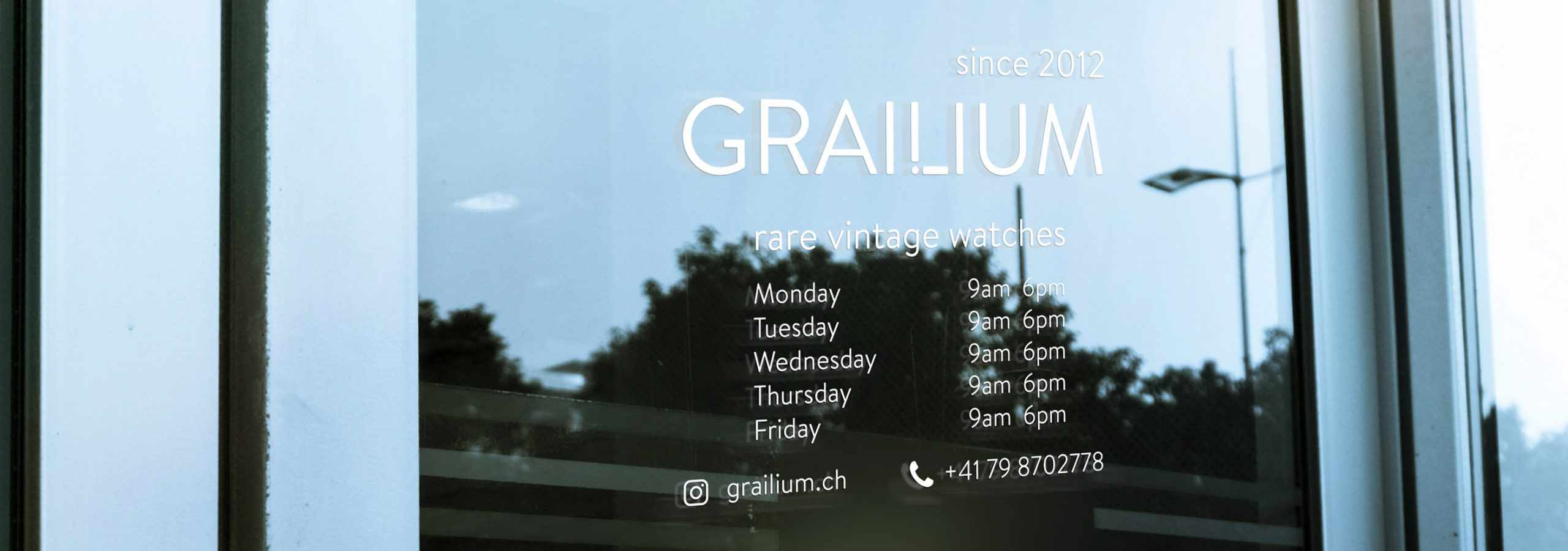 Grailium vintage watches shop, specialised in chronometers, rare timepiece finds and historically important watches.